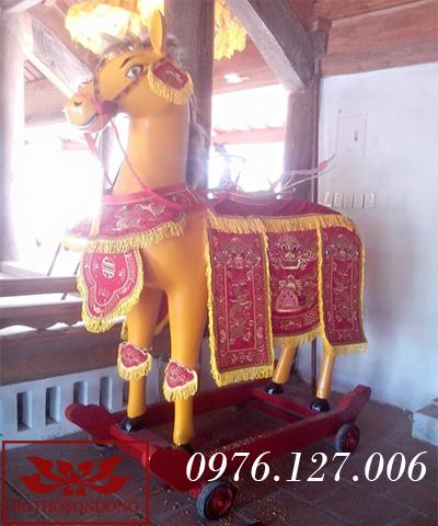 Ngựa thờ 02